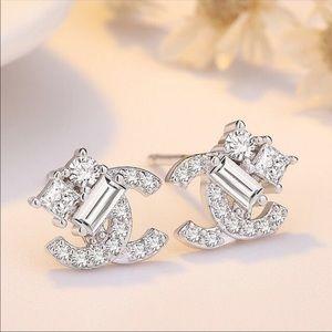 🦋925 sterling silver Stud Earrings